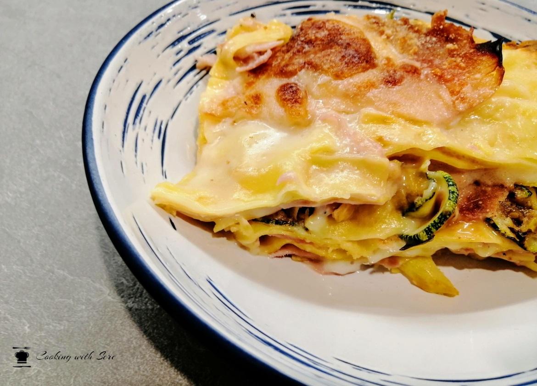 lasagna con zucchine e prosciutto cotto
