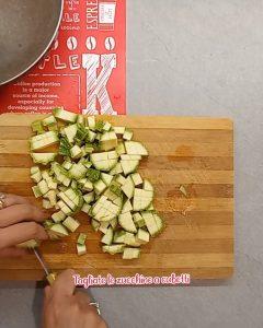 tagliare le zucchine